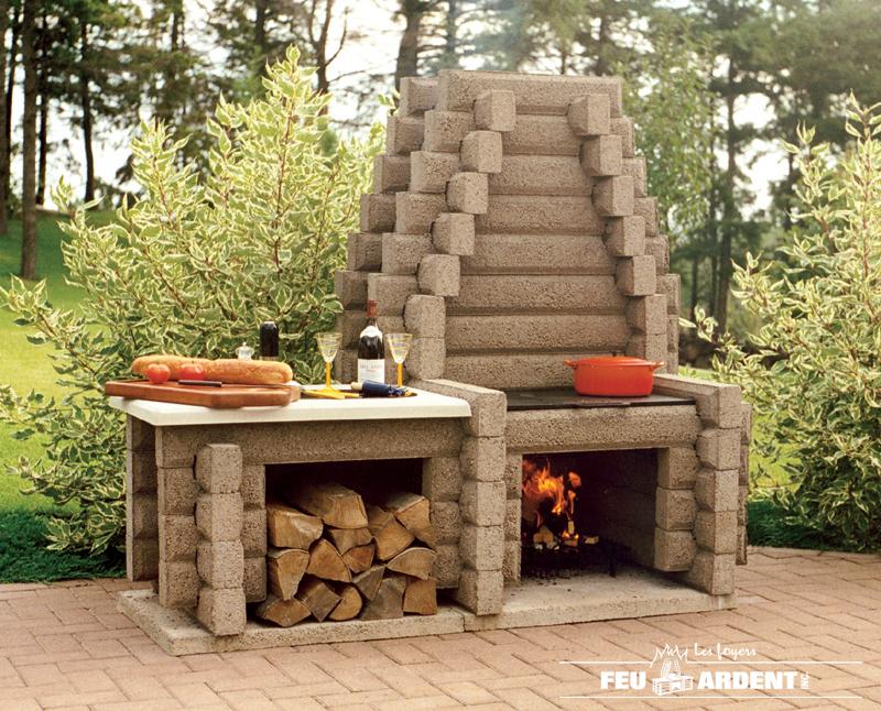 Les foyers feu ardent inc affiche ta pme - Foyer exterieur pour jardin ...