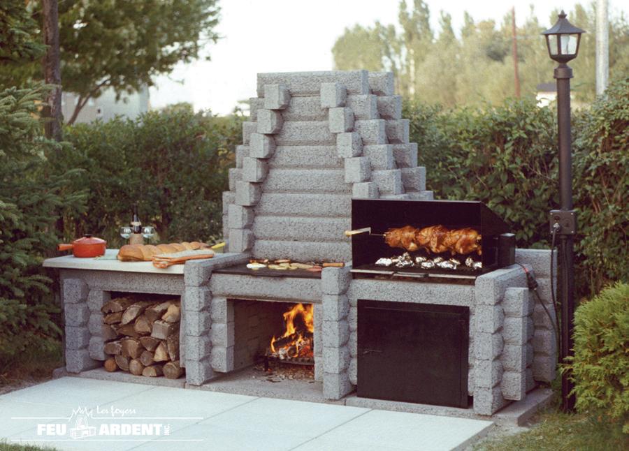 Les foyers feu ardent inc affiche ta pme for Foyer d exterieur
